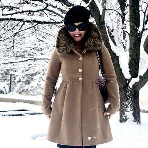 Gorgeous Designer Camel Coat  -  Size (0-2)
